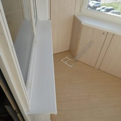 Шкафы встроенные в подоконник лоджии