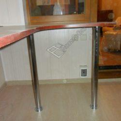 Утепленная лоджии обустроенная столом на заказ после отделки