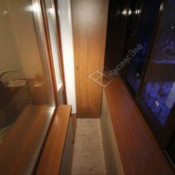 Шкаф изготовленный на заказ для балкона с выносным остеклением и ремонтом под ключ