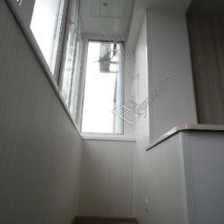 Балкон в панельной пятиэтажке, совмещенный с кухней