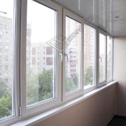 ПВХ остекление, внутренняя отделка стен и потолка балкона пластиковыми панелями после совмещения с комнатой под ключ