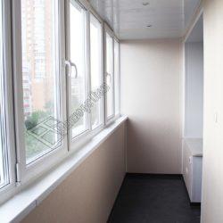 Совмещение балкона с комнатой, остекление, внутренняя отделка под ключ