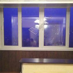 Пластиковые окна в остеклении совмещенной с комнатой лоджии