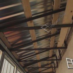 Прочная крыша на самонесущем каркасе из металлических ферм