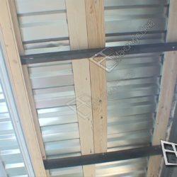 Крыша балкона с кровлей из профнастила