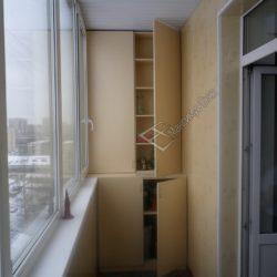 Шкаф для балкона из ламинированной ДСП на заказ