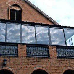крыша на балконе частного дома