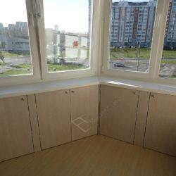 Встроенные подоконные шкафы изготовленные под заказ для лоджии после ремонта