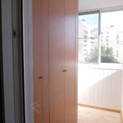 Функциональные шкафы на заказ от производителя для лоджии с ремонтом под ключ