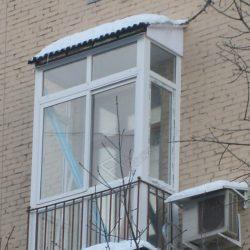 Монтаж крыши балкона с французским остеклением