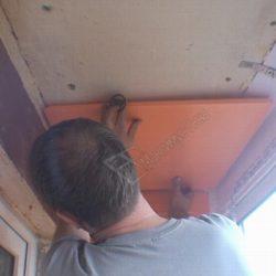 Утепление потолка маленького балкона листами пеноплекса
