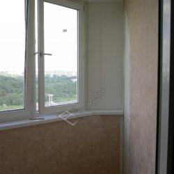 Фото обшивки балкона пластиковыми панелями