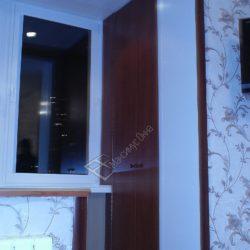 Встроенный шкаф на лоджии объединенной с комнатой