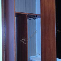 Обустройство встроенного шкафа на лоджии совмещенной с комнатой