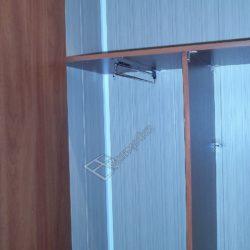 Встроенный шкаф на объединенной с комнатой лоджии