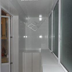 Алюминиевое остекление и внутренняя отделка лоджии под ключ