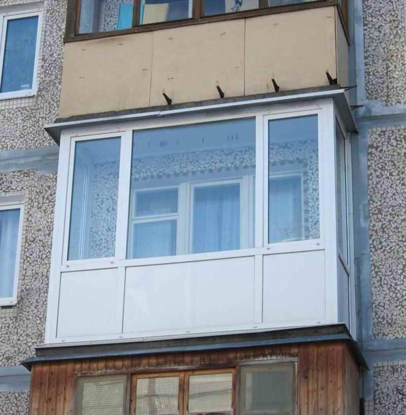 Маленькие балконы в хрущёвках, сталинках и брежневках