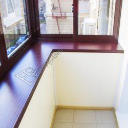 Алюминиевое остекление балкона с выносом под ключ