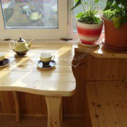 столики для балкона из дерева