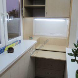 шкаф с откидным столом на балкон