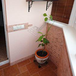 декоративный плитка на балконе