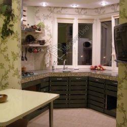 кухня с угловым эркером