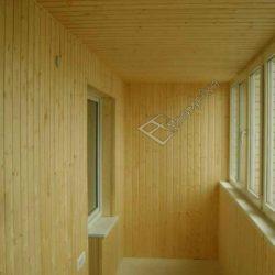 отделка стен балкона вагонкой