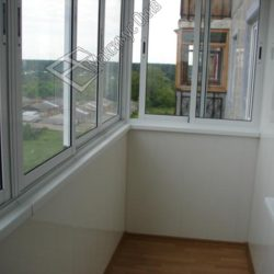 остекление и обшивка балкона