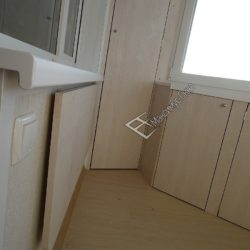 откидной столик на балкон заподлицо