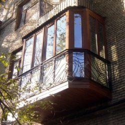 застекленный французский балкон
