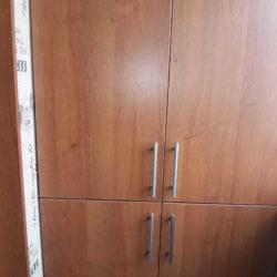 шкаф двухстворчатый на лоджии