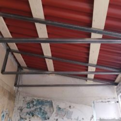 установка крыши лоджии