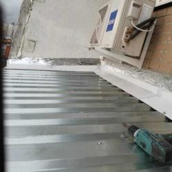 Монтаж крыши на лоджии