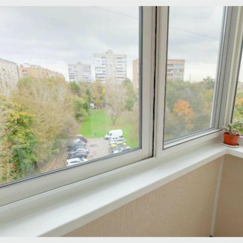 остекление балкона алюминий или пластик