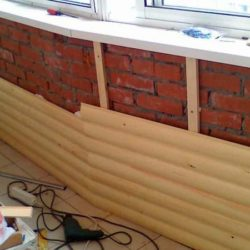 обшивка балкона блок хаусом