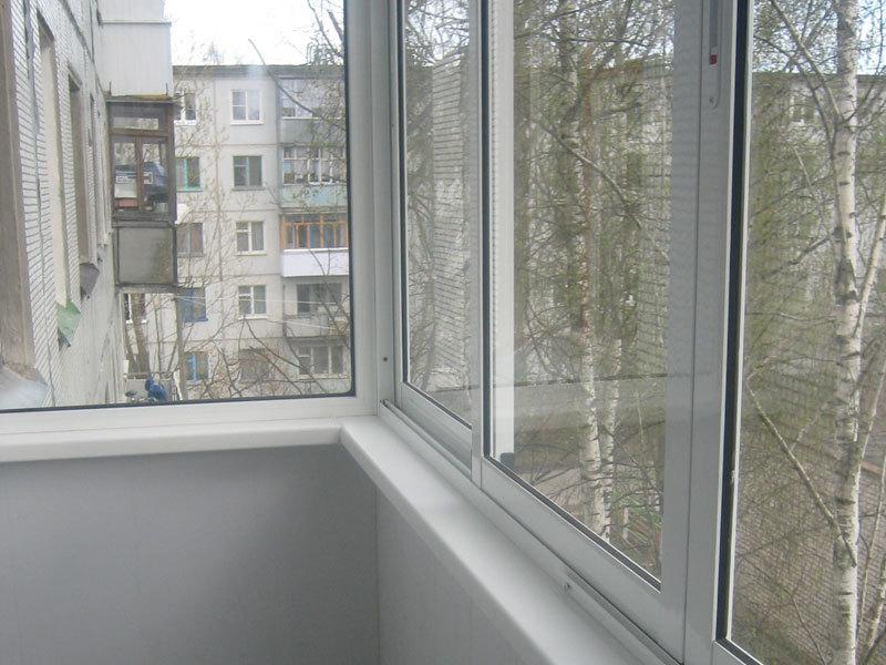 Ремонт, остекление и отделка балкона в городе Люберцы
