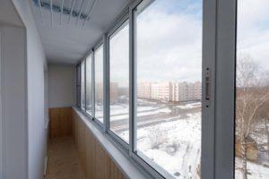 Ремонт, остекление, утепление и отделка балкона в городе Зеленограде