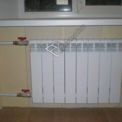 биметаллические радиаторы на лоджии