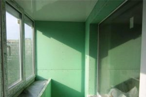гипсокартон на стене балкона