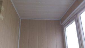 мдф панели на стене балкона