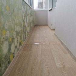 линолеум на полу балкона