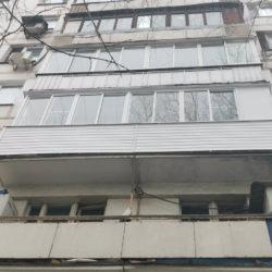 внешний вид на балкон с улицы